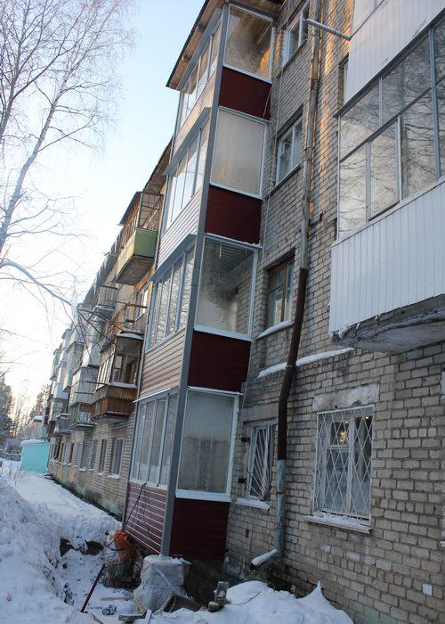 В качканаре отремонтировали аварийные балконы // качканарски.