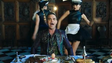 Робби Уильямс выпустил скандальное видео «Party Like aRussian»